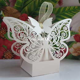 Laser Cut Butterflies Canada - Free shipping 50pcs Laser cut White and pink Butterfly Wedding Candy Box Favor Box wedding party gift present Chocolate Box