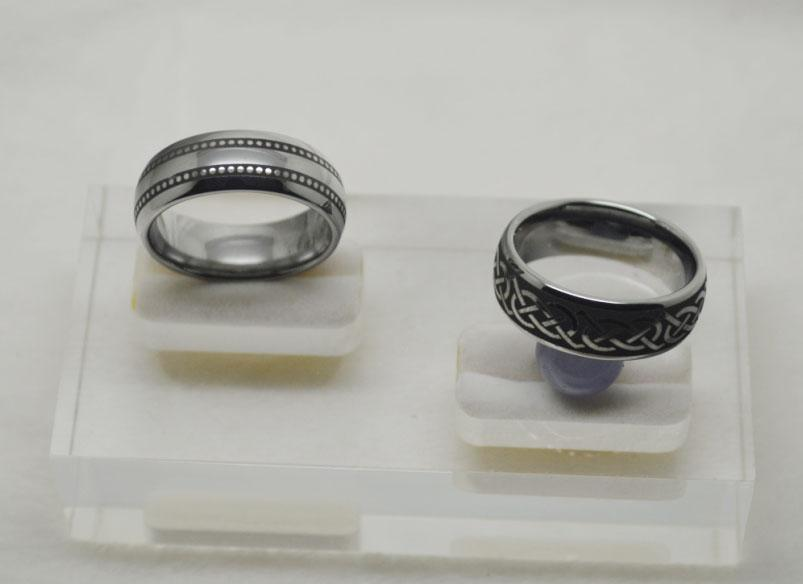 Nuovi arrivi a cupola Black Laser Celtic Tungsteno Anello in metallo duro uomo 8mm Larghezza Articolo n. WRY-880.