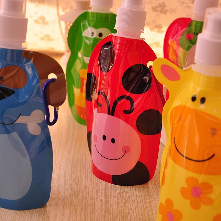 200 ml Animal de la Historieta Encantadora Bolsa de Agua Respetuoso Del Medio Ambiente Botella de Bebida de Plástico Plegable Caja de Regalo de Los Niños Regalo de Agua Portátil Botella de Agua 20 unids