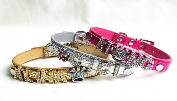 20st / mycket ny personlig för hundar eller katter Snake Skin PU Läder Pet Collar Fit för 10mm Slide Letter Slide Charm