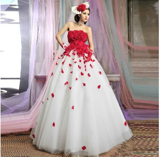 7d35effd0 Vestido de novia blanco con flores rojas - Vestidos no caros 2019
