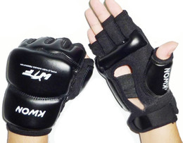 muay thai sanda Promo Codes - Leather Half Finger Fight Boxing Gloves Mitts Sanda Karate Sandbag Taekwondo Protector For Boxeo Mma Muay Thai Kick Boxing GYD21