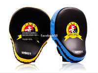 Guantes Calientes Baratos-Venta caliente Muay Thai MMA Guantes de Boxeo Sandbag Punch Pads Mano Objetivo Focus Training Circular Mitts for Kick Fighting