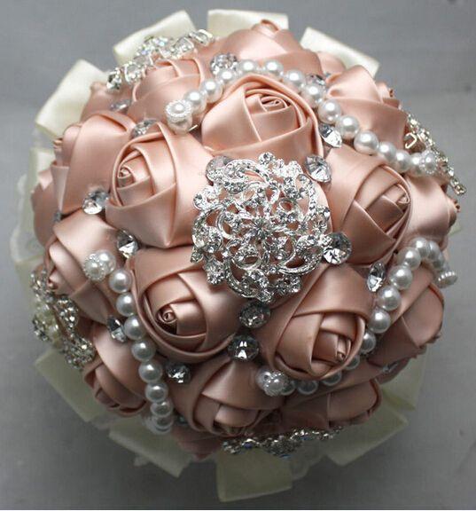 Lusso sposa bouquet sposa posy raso di pizzo nastro di diamanti mazzi di perle rosa fiori foto puntelli eventi di nozze nuove forniture