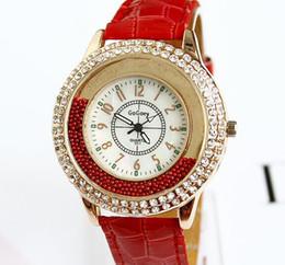 Großhandel - Frauen Kleid Strass Uhren Mode Gogoey Band Lederband Damen Quarz-Armbanduhr 10pcs mischen verschiedene Farben. von Fabrikanten