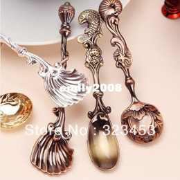 Wholesale Vintage Ice Cream Spoons - Free Shipping Fashion Royal Wind Spoon Vintage Gold Copper Silver Teaspoon Seasoning Coffee Spoon Ice Cream Spoons 12pc lot