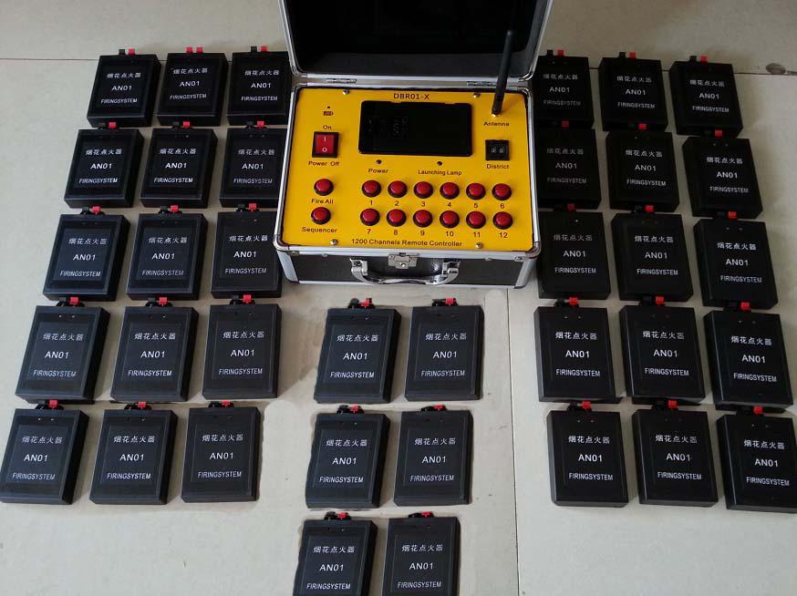DBR01-AN36 36 Cues commutateur afficher l'équipement Fireworks cuivre système Firing fil étape de feu Radio grande distance décharge de mariage de fil électronique