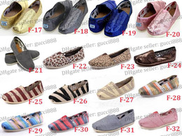 Wholesale Stripe Loafers - FREE shipping new brand 32color Women's loafers casual solid single canvas shoes, EVA flat pattern stripes lovers shoes Classic canvas shoes