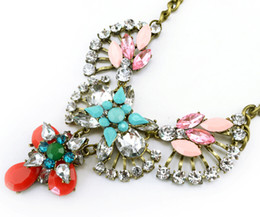 vintage lucite pendant Promo Codes - New Vintage Style Clear Crystal rhinestone Leaves Flower rose resin gem drop Pendant Necklace