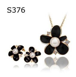 Wholesale Bridal Rose China - Free Shipping fashion gold plated crystal pearl rose pendant necklace earrings fashion jewelry set Bridal Jewelry Set
