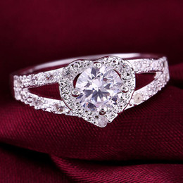 Wholesale Top Beautiful Rings - NEW Deluxe TOP 925 sterling Silver fashion charm Beautiful Cute pretty women Austria Crystal Stone Wedding ring jewelry R388