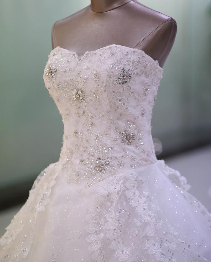 Великолепное без бретелек аппликация кружева свадебное платье из тюля с прозрачными стразами блестками реальная картина бальное платье на шнуровке свадебное платье