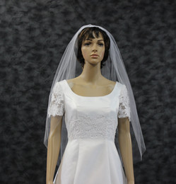 Wholesale Single Tier Ivory Veil - Fingertip Length Bridal Veil Raw Cut Edge Single Layer White Wedding Veil Illusion Tulle One Tier Ivory Bridal Veils DH7494
