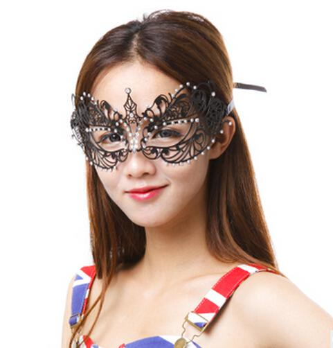 Fashion women metal mask laser cut rhinestone diamond masquerade masks dance party ball festive cut out black mask wedding photo props