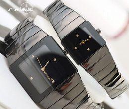 Marcas de relojes de señoras baratas online-Unisex Relojes de Mujer de Lujo Lady Swiss New Qaurtz de los hombres de Moda Negro Reloj de Cerámica Señoras Casual Diseñador Barato Reloj Deportivo