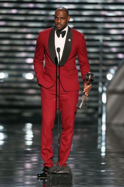 Nouveau Custom Made One Button Red Avec Col Noir Collier Tuxedos Best Man Groomsmen Hommes Costumes De Mariage (Veste + Pantalon + Ceinture + Cravate) OK: 636