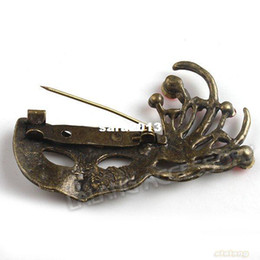Wholesale Mask Brooches - Wholesale-Wholesale 18pcs Antique Bronze Mask Shape Brooch Charms Alloy Pendants Jewelry Findings 56*38*11mm 140694