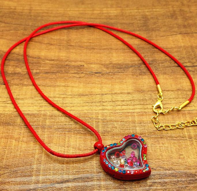 2017 mode levande minne flytande hjärta locket hängsmycke halsband 30mm gratis charm halsband pendlar
