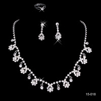 Cheap New 15018 Frere Ship Hot Sale Holy White Rhinestone Crystal Flower Earring Necklace Set Bridal Party