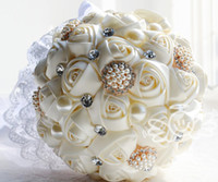 Wholesale Silk Roses Top - Hot selling Crystal Wedding Bouquet Hand Made Top Quality Artifical Pearl Beaded Brooch Silk Rose Flower Bride Bridal Bouquets Ivory