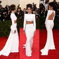 vestidos largos rihanna al por mayor-Gran venta ! Dos piezas de manga larga sirena sin espalda vestidos de celebridades con cuentas de cristal Met Gala Rihanna vestidos de noche de cuello alto