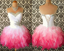 Robes De Bal Pas Chères Corsets Pas Cher-Homecoming Dresses 2017 Multi couleur blanc et rose chaud Sweetheart Ball Gown Short Corset Party Dress Perles Crystal Ruffle Cheap Prom balown