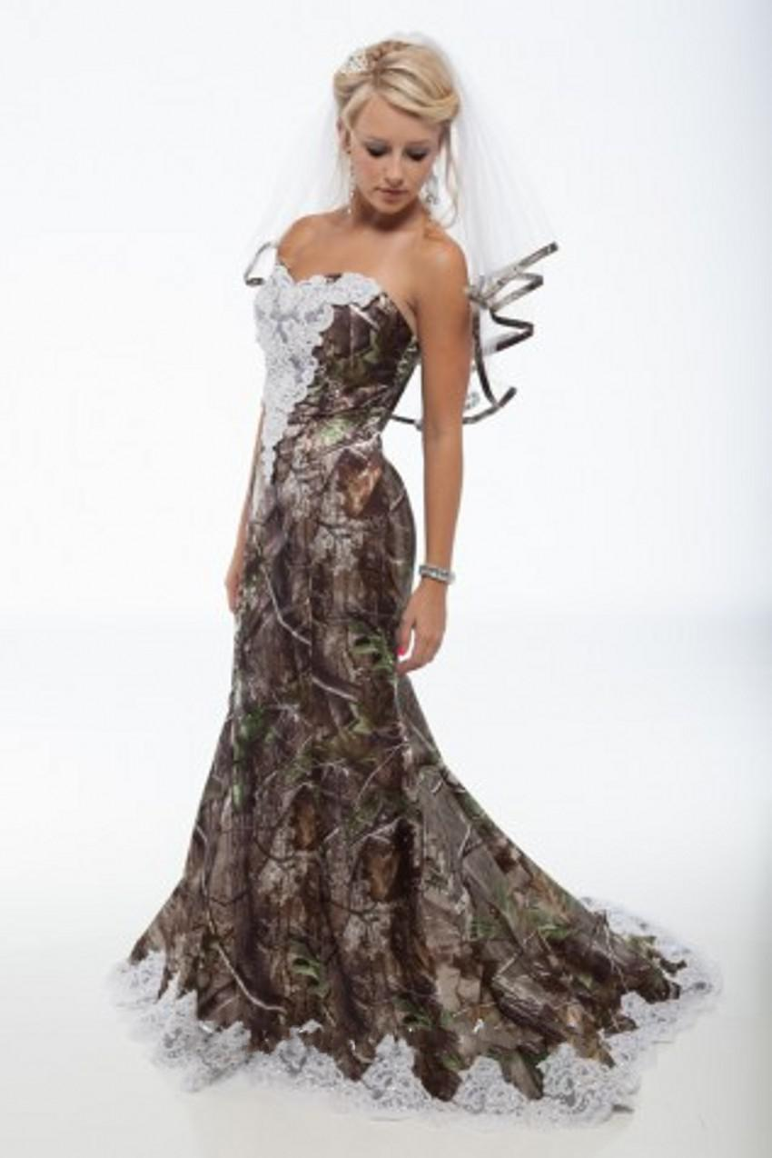2014 Popular Unique Camo Wedding Dress Sweetheart With White Lace Backless Lace Up Sweep Train Brides Gown