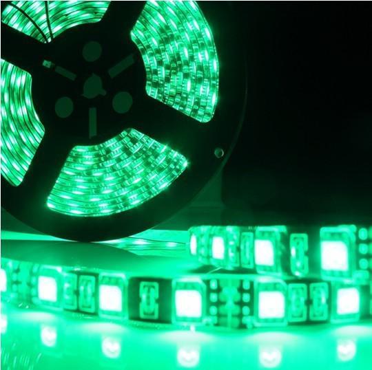 5 M 300 LED RGB 5050 SMD Elastyczny pasek LED Light 60 LEDS / M Wodoodporny IP65 LED LAMB 5050 Czarny PCB DC 12V