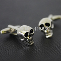 Wholesale Skull Tie Clips - Fashion men shirt skeleton skull cufflinks novelty design high qualtiy gift silver color button garments accessory