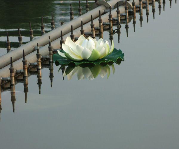 Artificial Lotus flower Simulation Flower Artificial Lotus flower floating water Plants Home garden pool Decoration