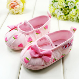 Wholesale Strawberry Fabric Wholesale - New Arrival Pink Strawberry Baby Shoes Hot sale baby Soft Sole for Shoes Fashion Girls Toddler shoes Children's Shoes Baby princess Shoes.