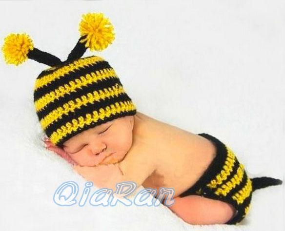 2017 Baby Crochet Bumble Bee Hat And Diaper Cover Outfit