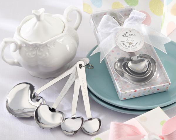 2019 Nuovi regali di nozze a forma di cuore Cucchiai di misurazione in un bellissimo pacchetto regalo di nozze souvenir giveaway forniture cinese all'ingrosso migliore caldo