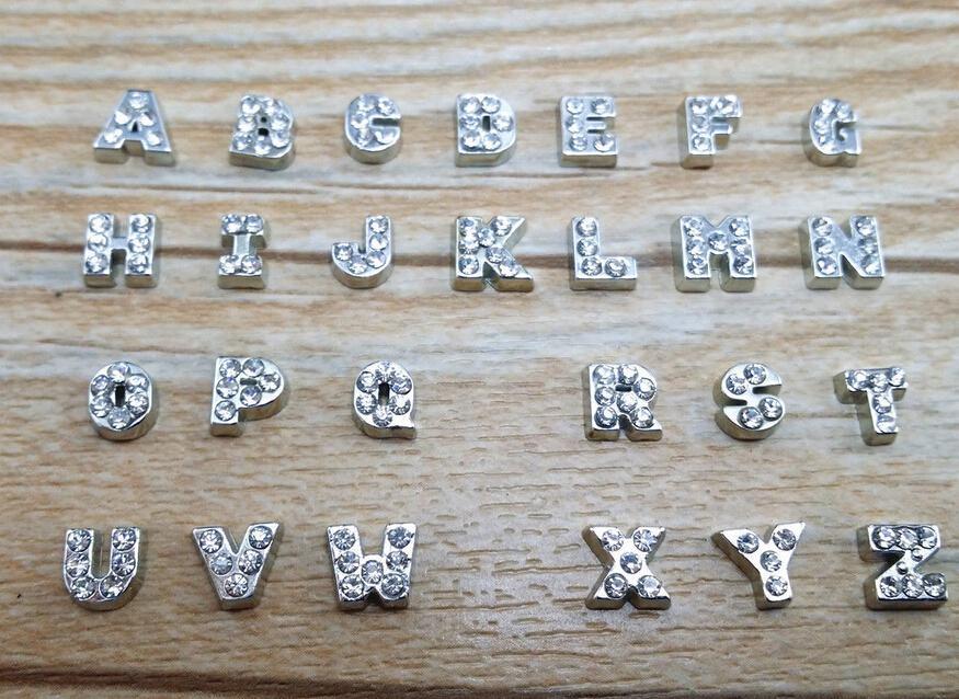 104 unids / lote A-Z Carta de Cristal Corazón Flotante Encanto de Memoria de Cristal Living Locket Componentes de la joyería Componentes