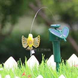 Wholesale Butterfly Garden Toy - 2014 new dynamic Solar Creative Solar Hummingbird with wing romantic Solar Flying butterflies Patio Lawn Garden Decorations Kids toys H