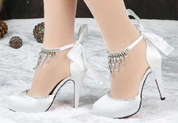 Wholesale Diamond White Bridal Shoes - 2016 Fashion new hot sell white satin face diamond bowknot round head high heel shoes evening party bridal wedding shoes yzs168