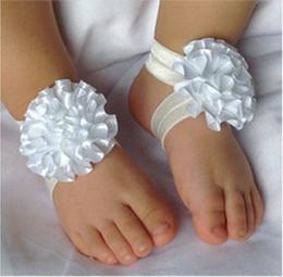I calzini del bambino calzano i sandali online-30 paia / lotto Neonate Fiore Calze A Piedi Nudi Sandali Scarpe Per Bambini Floreale Piede Ornamenti Bambini Bel Piede Fiore 9 Colori M0316