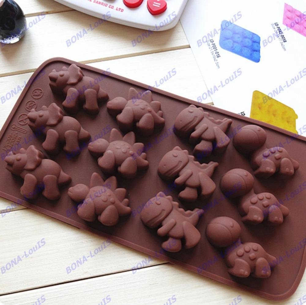 Chocolate cake mold