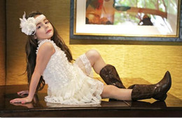 Robes de satin à l'ivoire de l'ouest en Ligne-Grossiste-Western Flower Girl Dress, robe en dentelle Ivoire Vintage chiffon avec sangles et noeud en satin 5 pièces / beaucoup