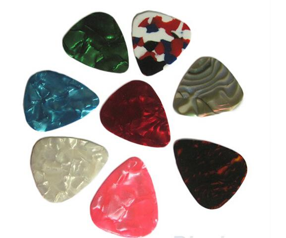 Brand New Thin Guitar Picks Parts Accessories Celluloid 046mm Stringed Instruments