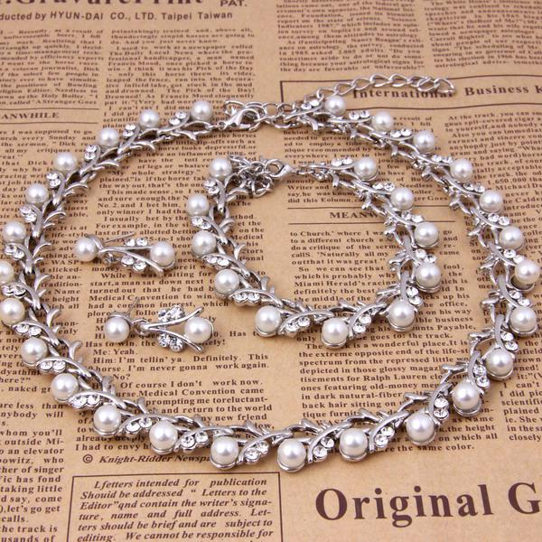 2014 Classic Imitation Pearl Wedding Necklace Sets Silver Plated Clear Crystal Top Elegant Party Gift Fashion