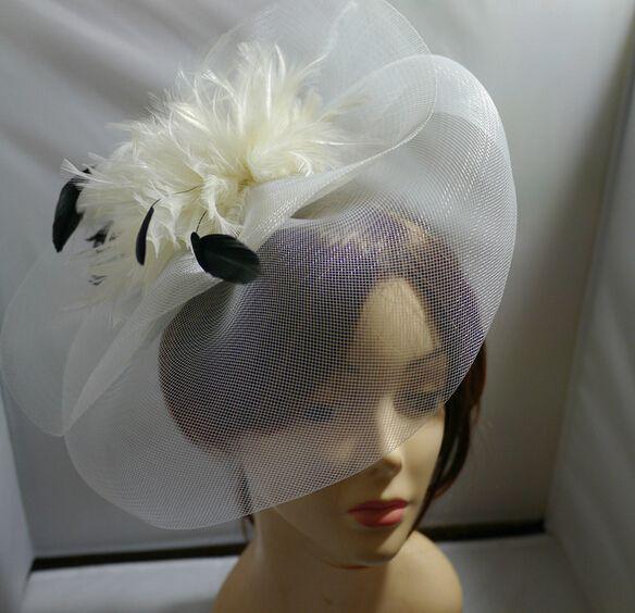 Party Top Hat Cap Fascinator Mujeres Fancy Dress Hilados Plumas Clips gorras Nupcial Wedding Party Velo sombreros Accesorios de fotografía encanto joyería del pelo
