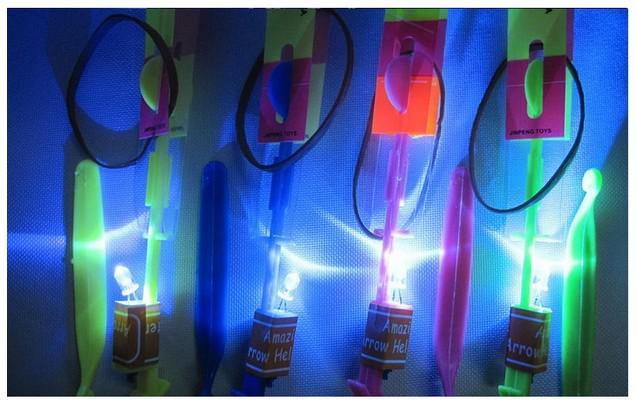 LED Amazing flying arrows helicopter umbrella light parachute kids toys ems DHL