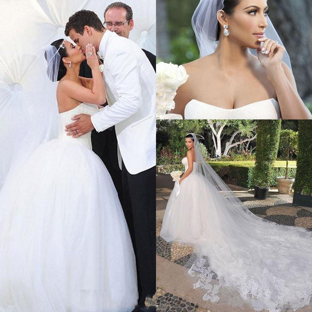 2016 bridal veils kim kardashian new best sale charming graden white 2016 bridal veils kim kardashian new best sale charming graden white ivory one tiered cathedral bride wedding veil custom 3 meters lace bridal veil or junglespirit Images
