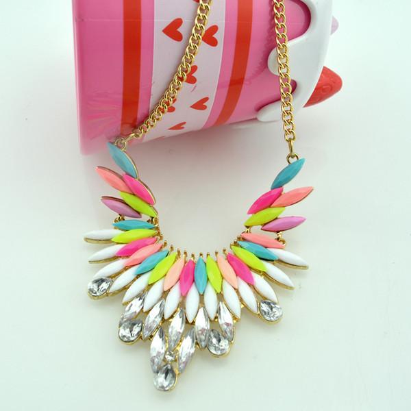 2014 мода ювелирные изделия металла преувеличены перо Fly Gem личность ожерелья подвески заявление золото мода ожерелье женщины