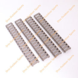 rail m4 UK - Drss MP Ladder 18 Slots Low Profile Rail Covers 4pcs pack Dark Earth For Handguard AR15 M4(DS9526B)