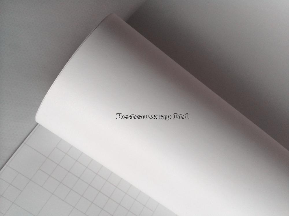ماتي الأبيض الفينيل سيارة التفاف مات فيلم أبيض مع فقاعة الهواء مجانا مات الوفير السيارات الرسومات تغطي حجم الجلد 1.52x30 متر / لفة شحن مجاني