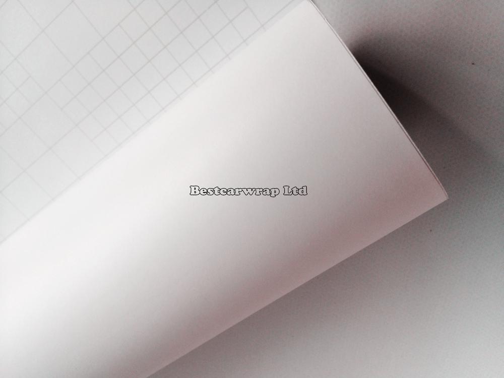 Matt Vit Vinyl Bilomslag Matt Vit Film med luftbubbla Gratis Matt Foile Auto Graphics som täcker hudstorlek 1,52x30m / Roll Fri frakt
