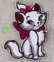 Wholesale Ventas al por mayor piezas de dibujos animados gato de belleza cm x cm apliques bordados niños parche de hierro en el parche ALY