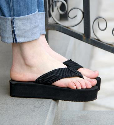 purchase original attractivedesigns unique style Hot Selling Platform Flip Flops Female Slippers Flip Sandals Wedges Beach  Shoes Summer Sandals Black White Brown Size 35 39 Red Wedges Summer Shoes  ...